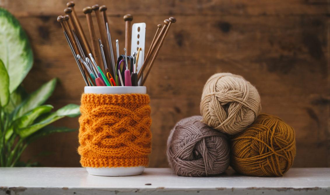 Quelques conseils tricot pour les débutants   Marie Claire Mode 6937cd1e6f6
